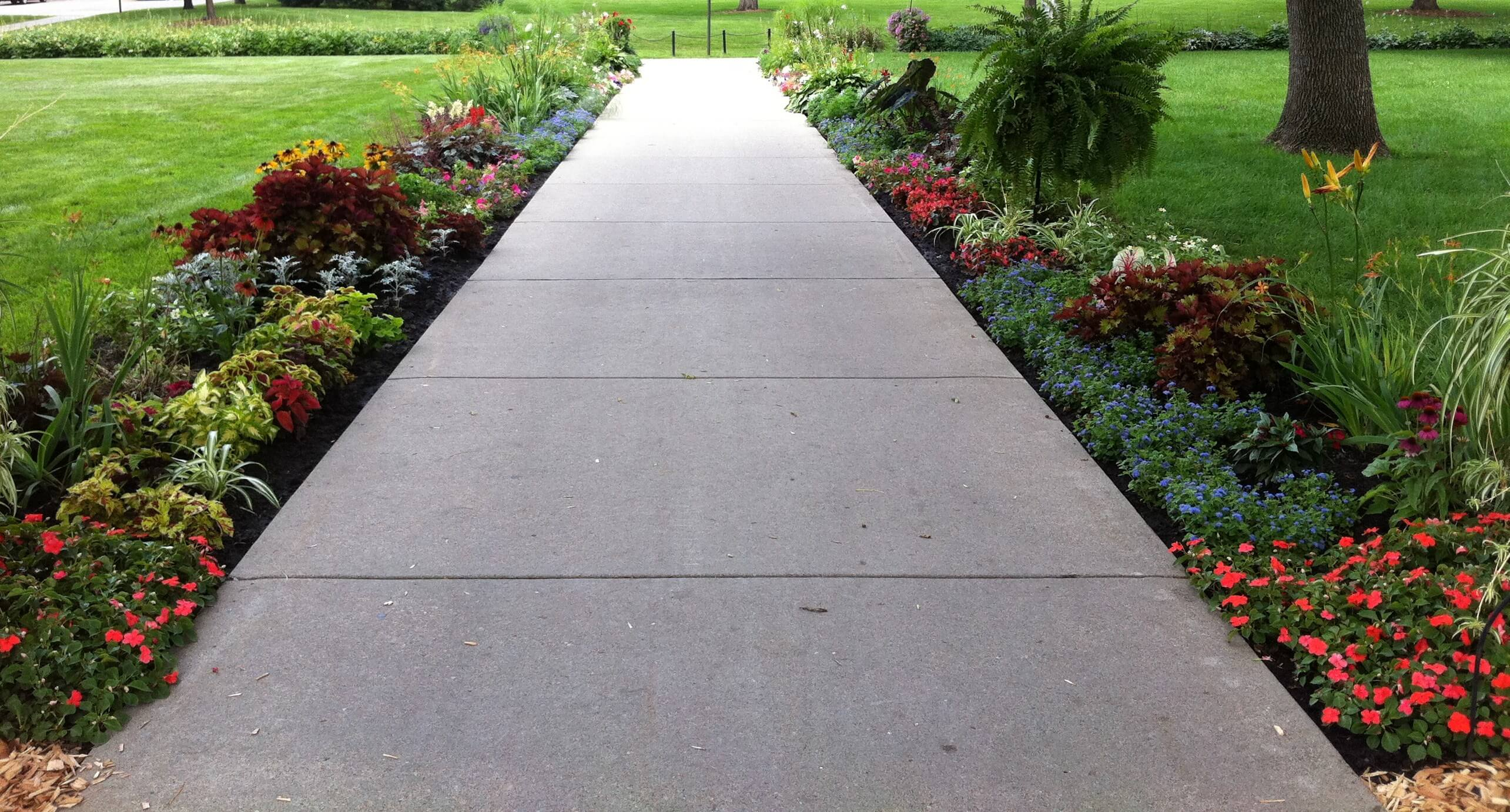 15 Walkway Designs For Your Home And Garden Live Enhanced