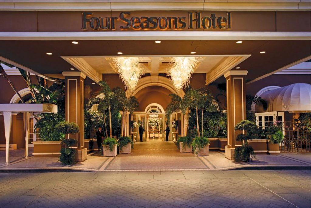 Four Seasons Hotel Ty Warner New York