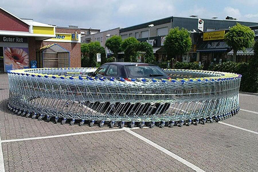 Create an Infinite Loop of Shopping Carts Around Car