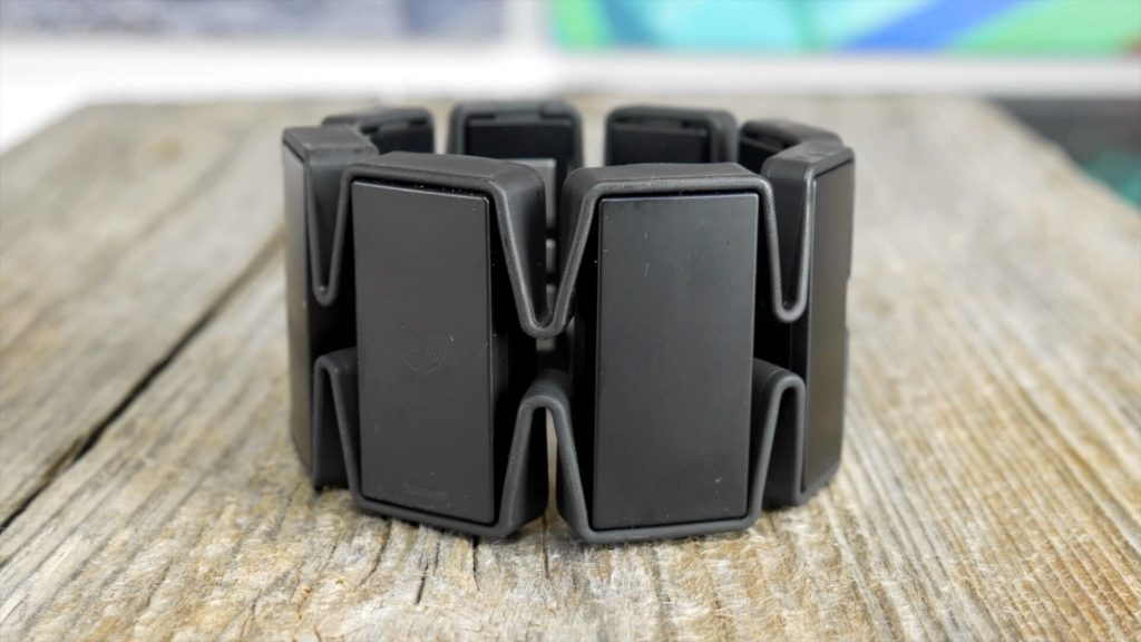 Gesture Control Armband-wearable gadgets 2018