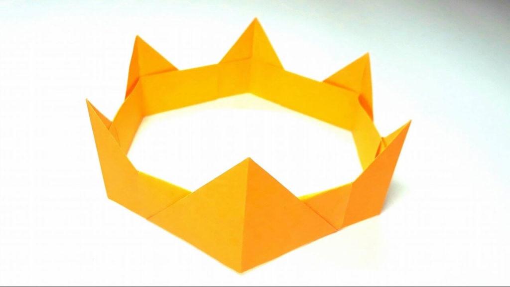 Paper Medieval Crown diy paper crafts