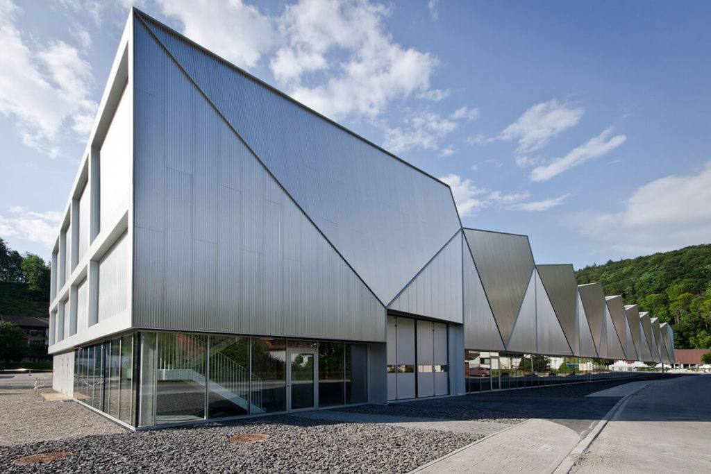 Production Hall Hettingen industrial architecture design