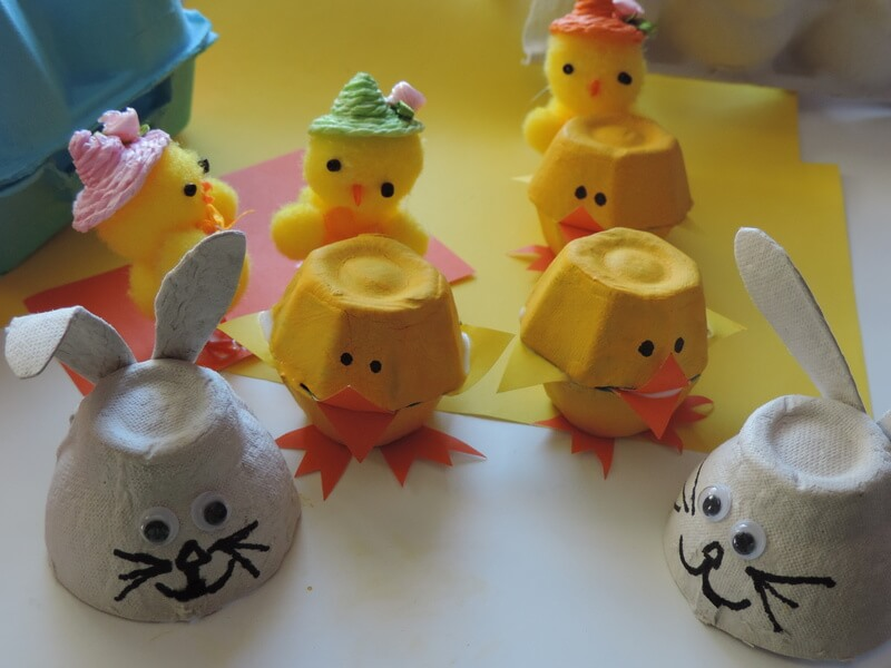 easter crafts Egg Carton Chicks