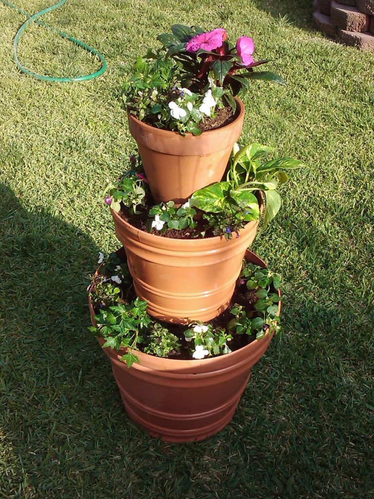 3-Tiered Tower of diy flower pot