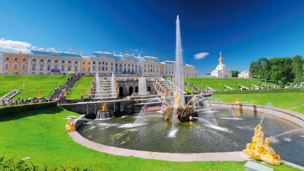 St. Petersburg - Places To Visit In Europe