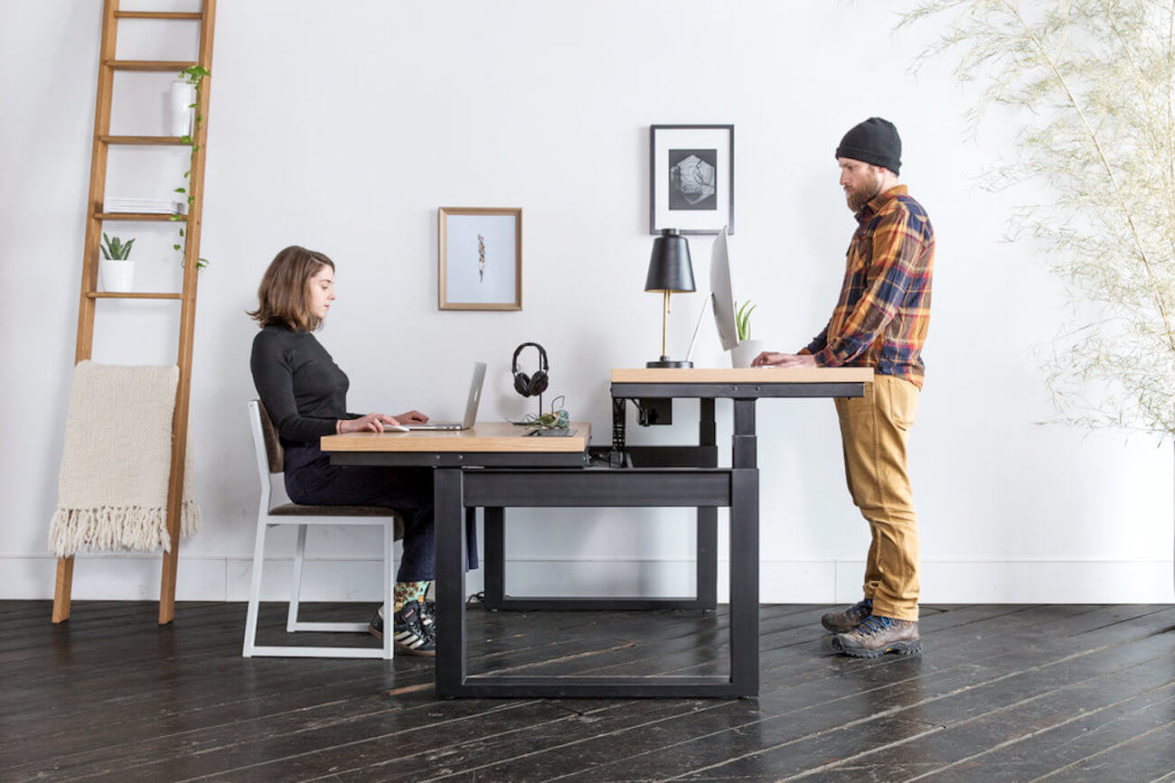 Sit-Stand-Workstation-modern-office