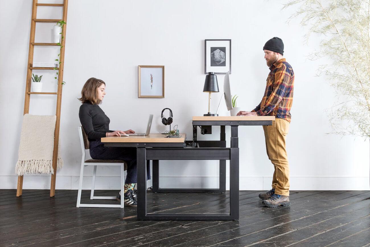 Sit-Stand-Workstation-modern-office