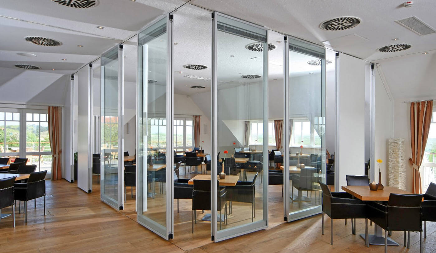 Opening up closed spaces with glass partitions