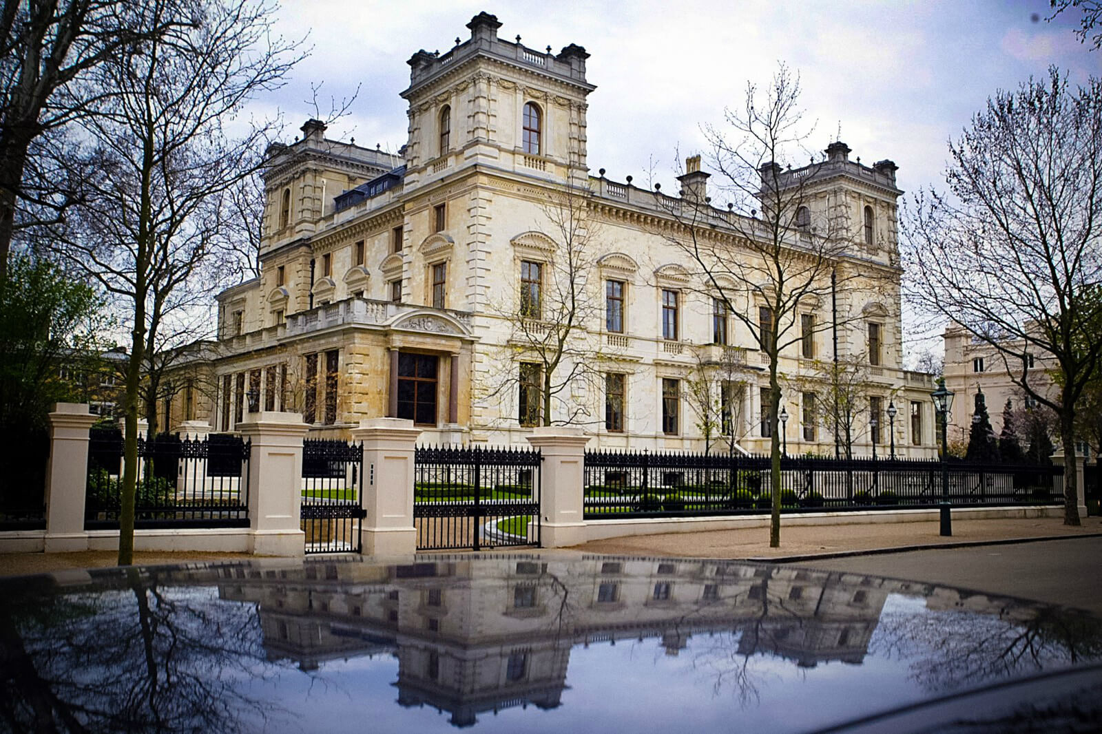 Kesington Palace Gardens