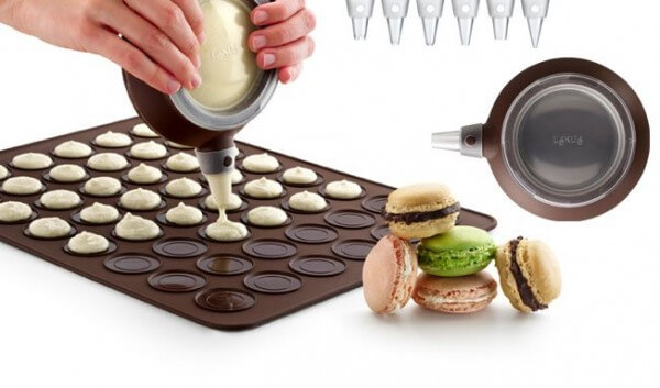 Macaroon Making Kit