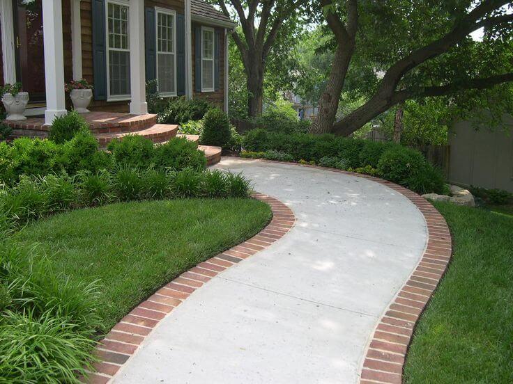front-yard-walkway