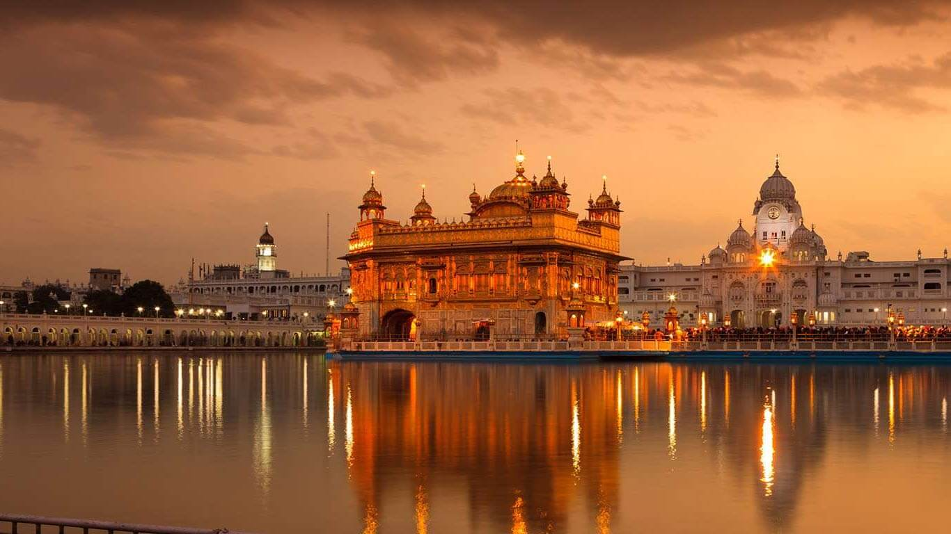 15 Beautiful Golden Temple Images Taken By Pro ...