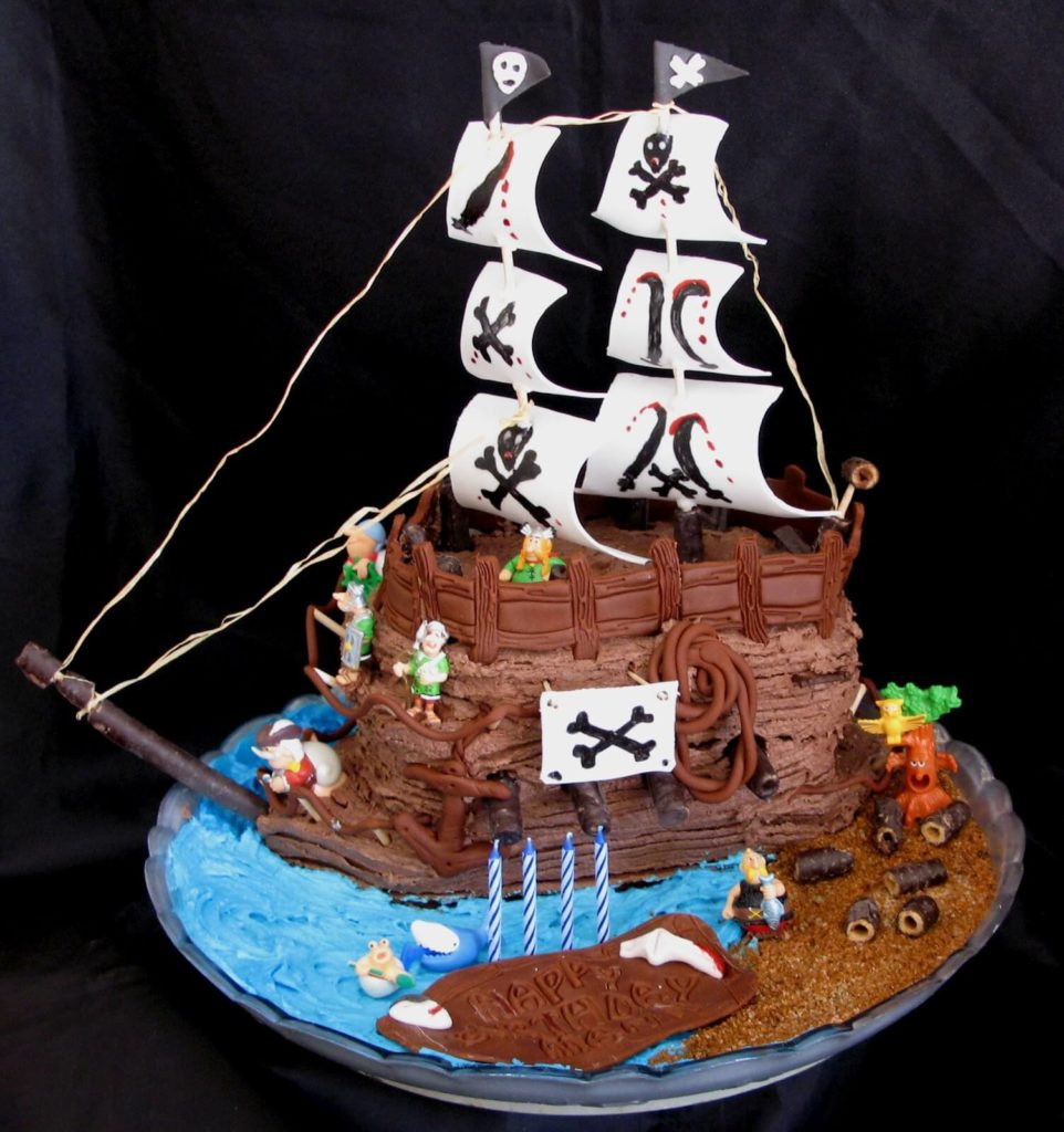 A Pirate Ship Cake