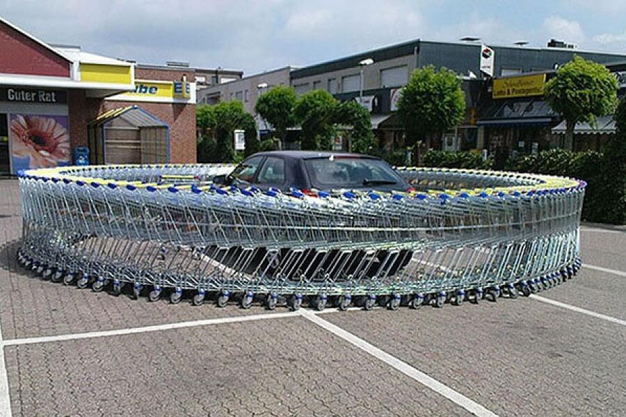 Create an Infinite Loop of Shopping Carts Around Car