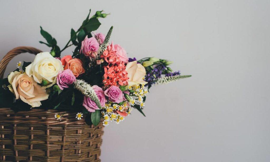 Geometric Floral Pendants