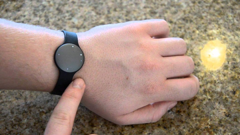 Misfit Shine - Wireless activity Tracker-wearable gadgets 2018