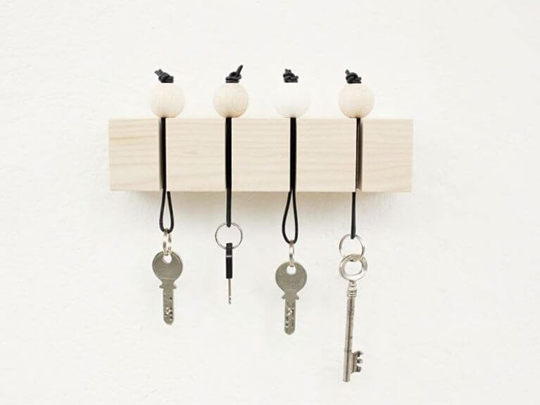 Cute wooden ball diy Key Holder