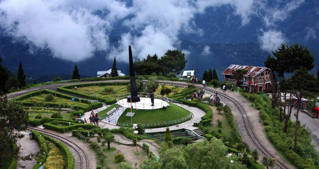 Darjeeling - tourist places in india