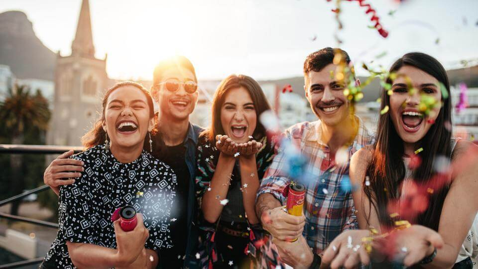 Do A Fun Photoshoot With Your Friends-travel bucket list