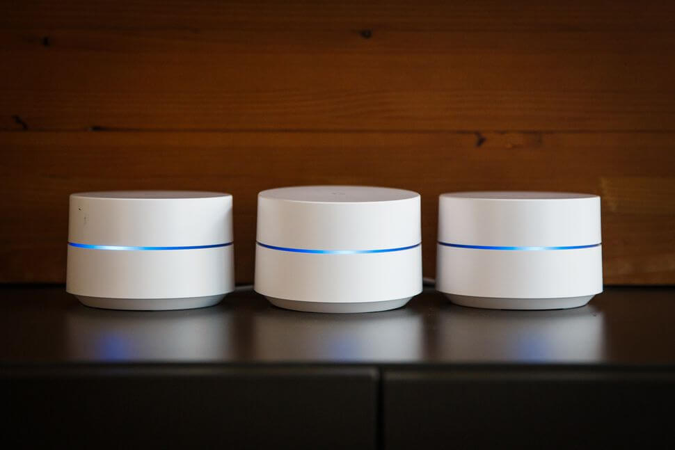 Google Wifi review - smart home devices