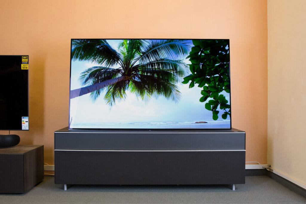 Sony KD-55A1-Smart TVs