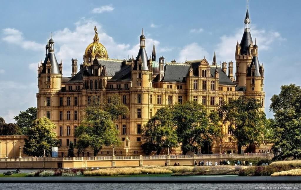 Visit a castle-travel bucket list