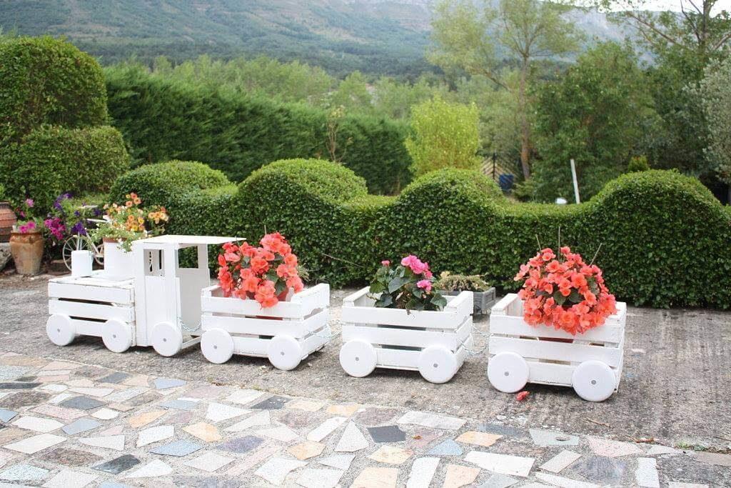 wooden crate diy flower pot