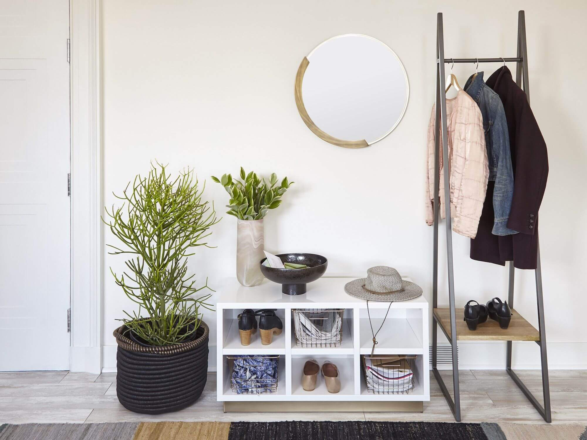 Buy-Double-Duty-Furniture-Tricks-To-Maximize-Your-Outdoor-Space