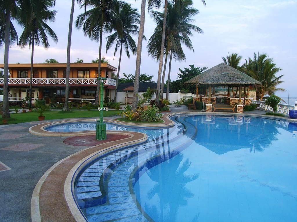 Beach Hotels In Alaminos