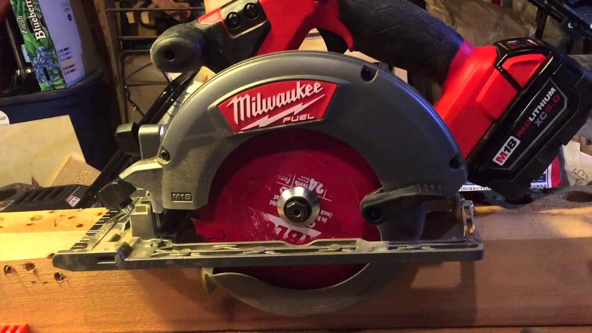 Milwaukee 2731-20 circular saw