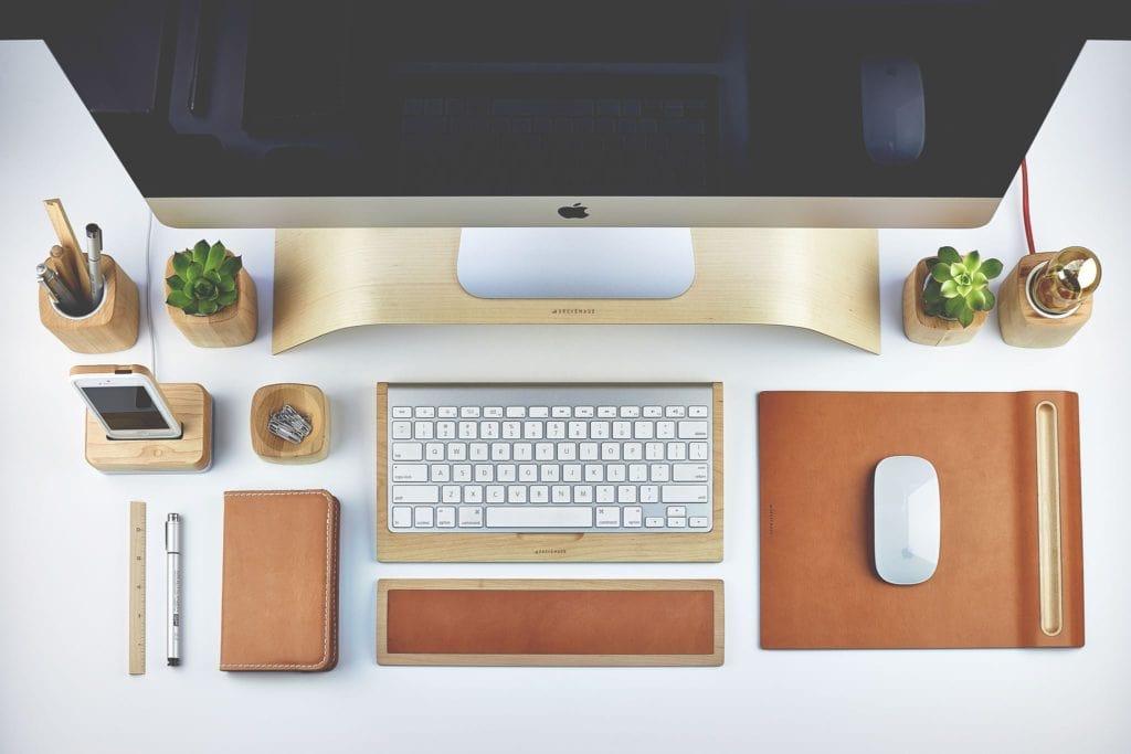 organize office desk