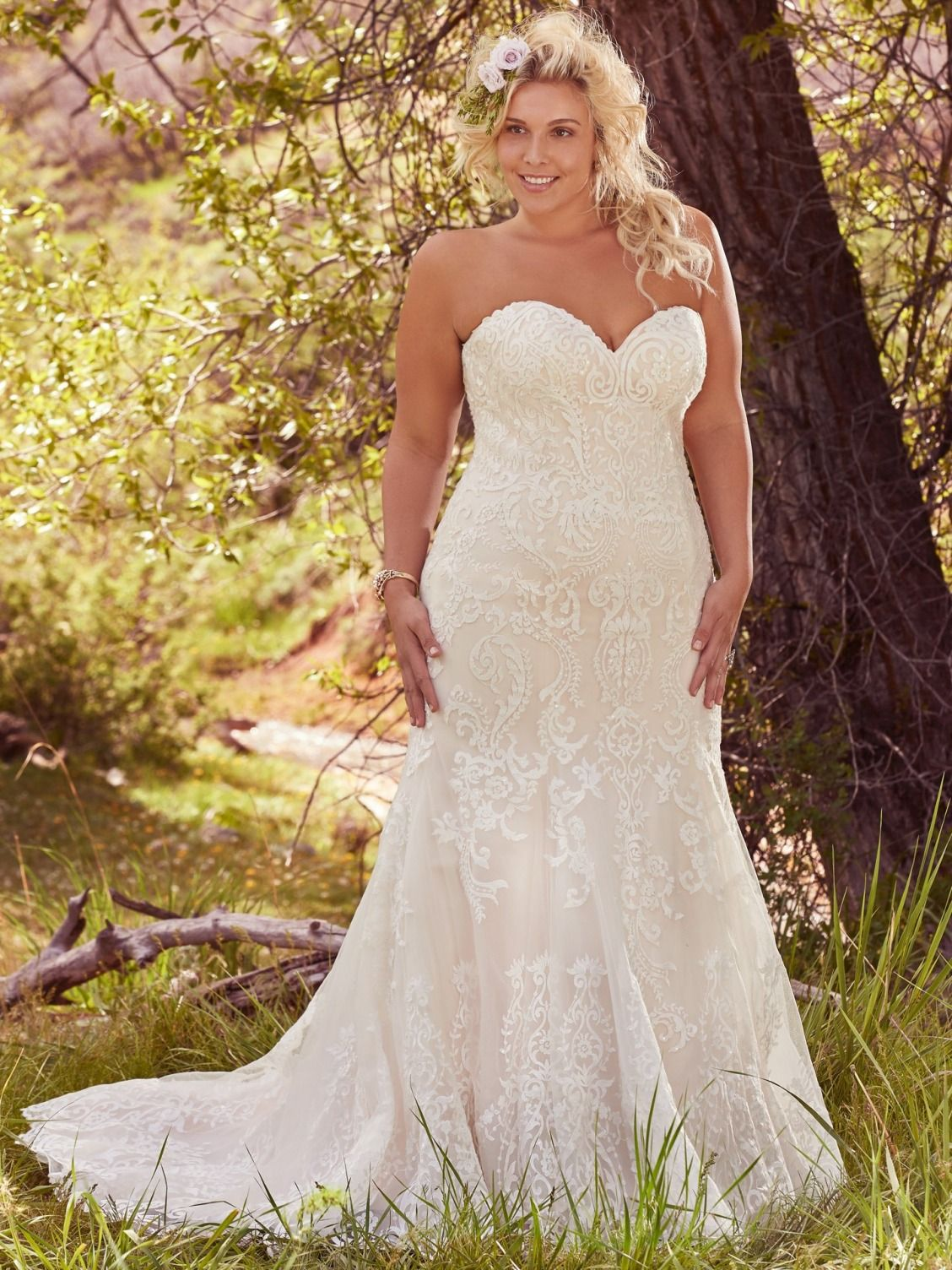 Lace Flare Plus Size Wedding Dress