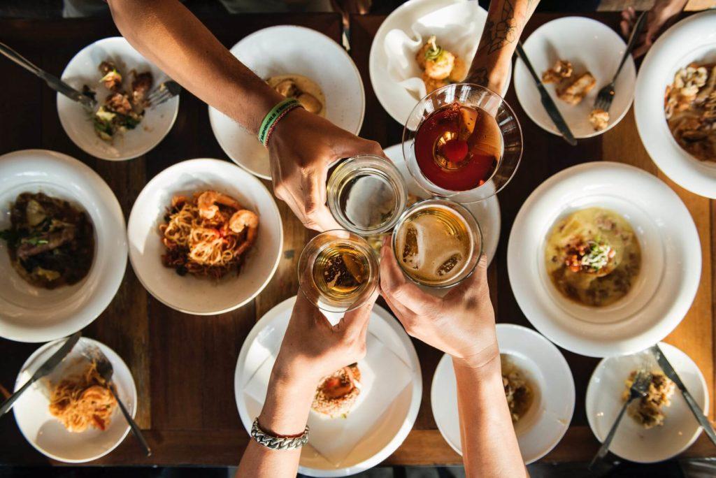 Bringing Loved Ones Together - Order a family banquet