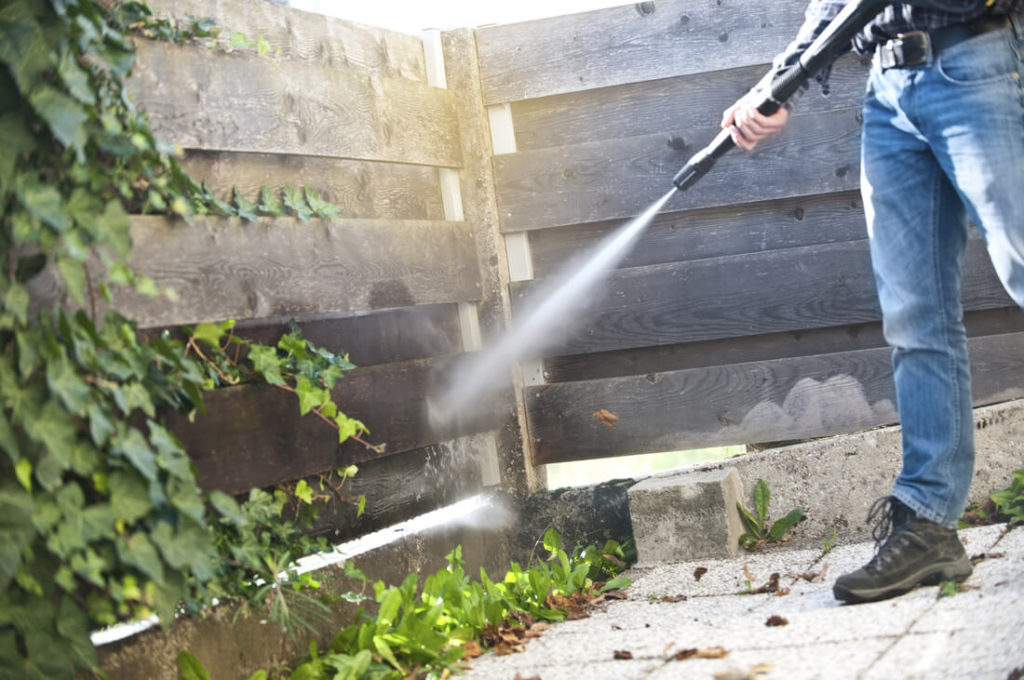 Four Reasons Every Home Owner Needs A Pressure Washer