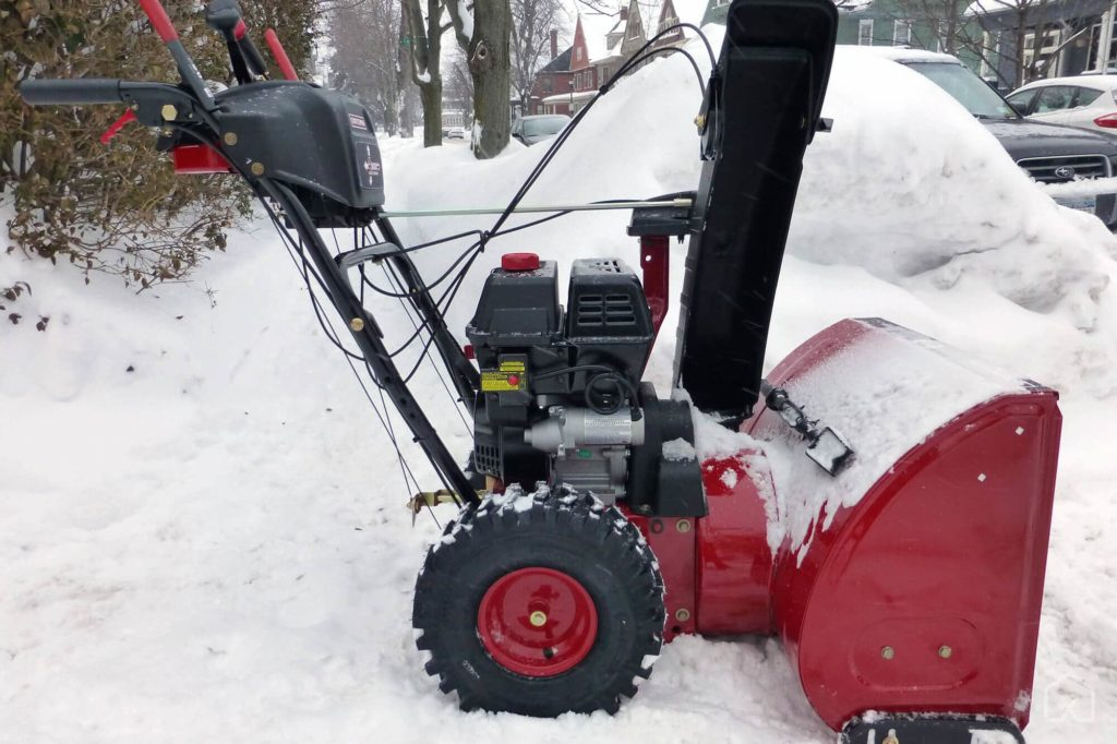 tips to find best snow blower - Wheels and Tracks