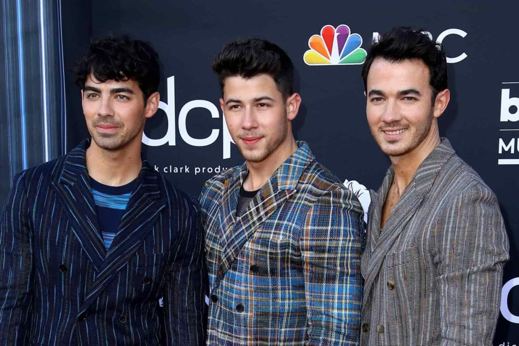everything to know about Jonas Brothers image 2