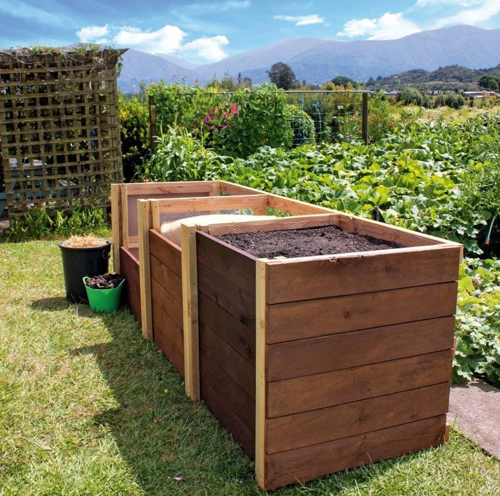 DIY Compost Bin 5