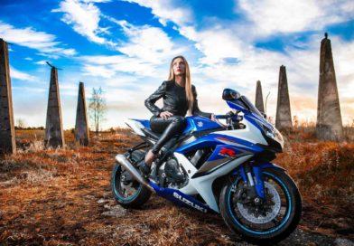Female Bikers Featurea Image