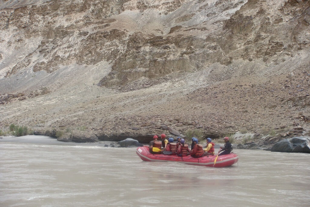 river-rafting-in-indus