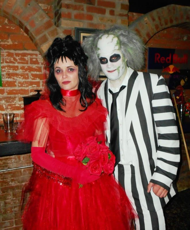 30 Latest Halloween Costumes For Couples 2020 Live Enhanced