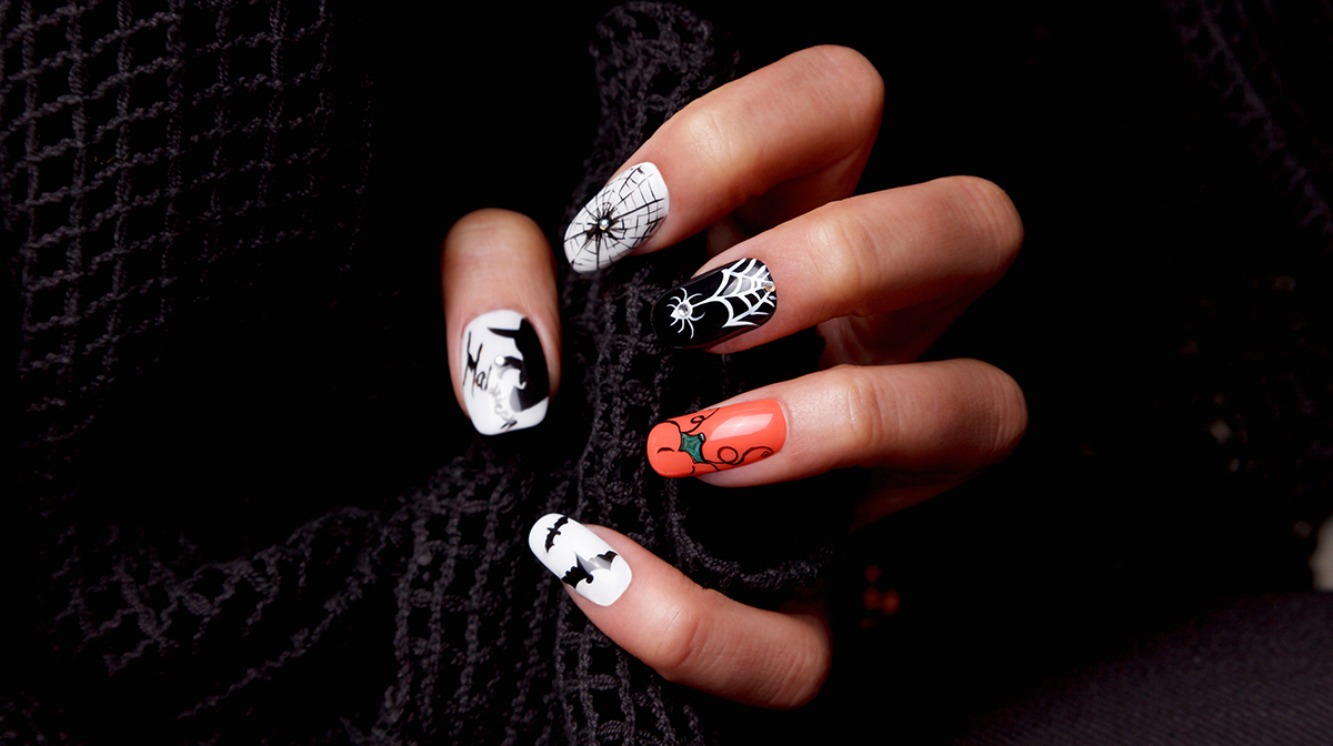 Spooky Halloween Nail Art Designs , Live Enhanced