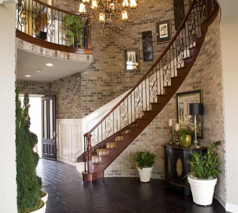 Foyer 6
