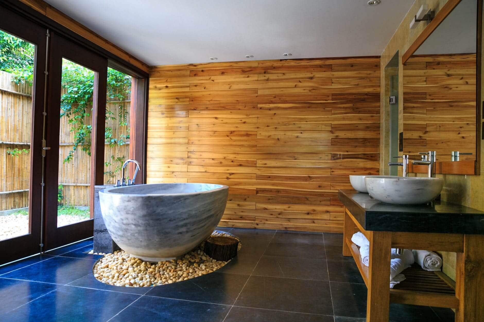 Luxurious Shower 24