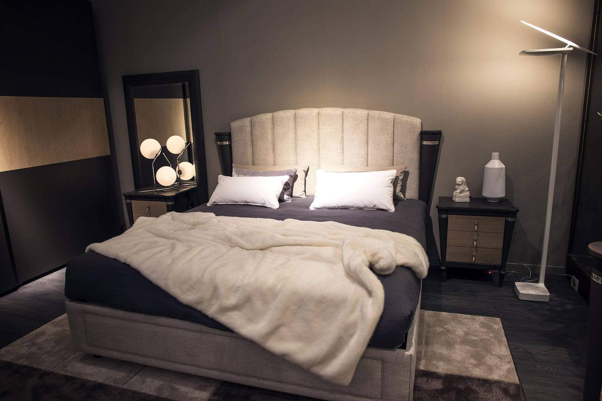 Small bedroom lighting designs 19