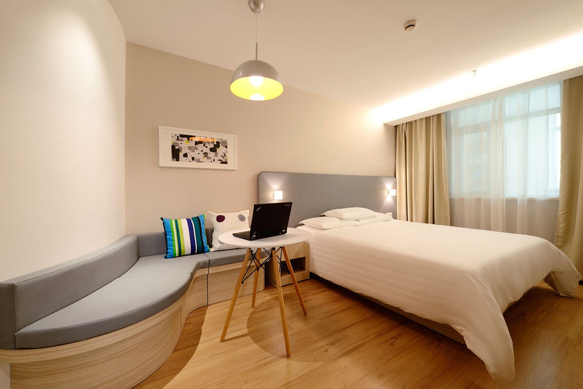 Small bedroom lighting designs 26