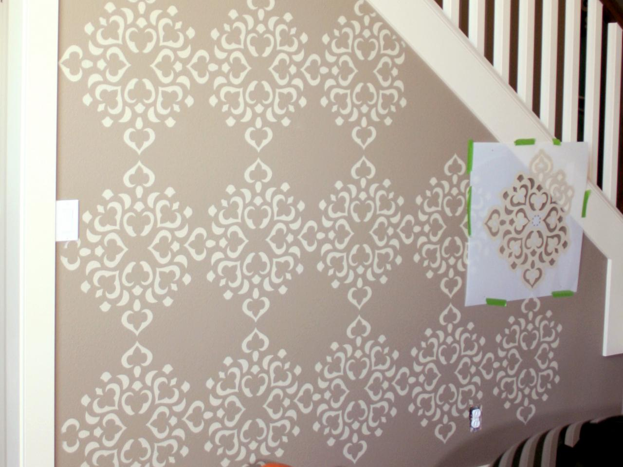 Stencil Wall Painting2
