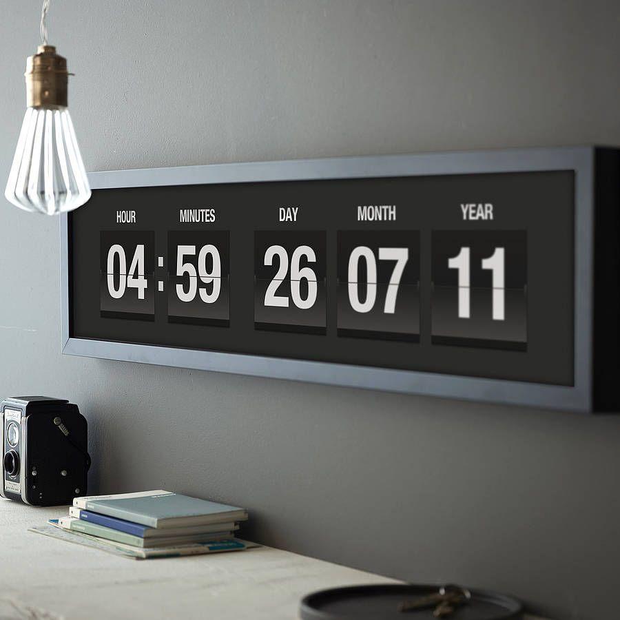 Wall clock 14