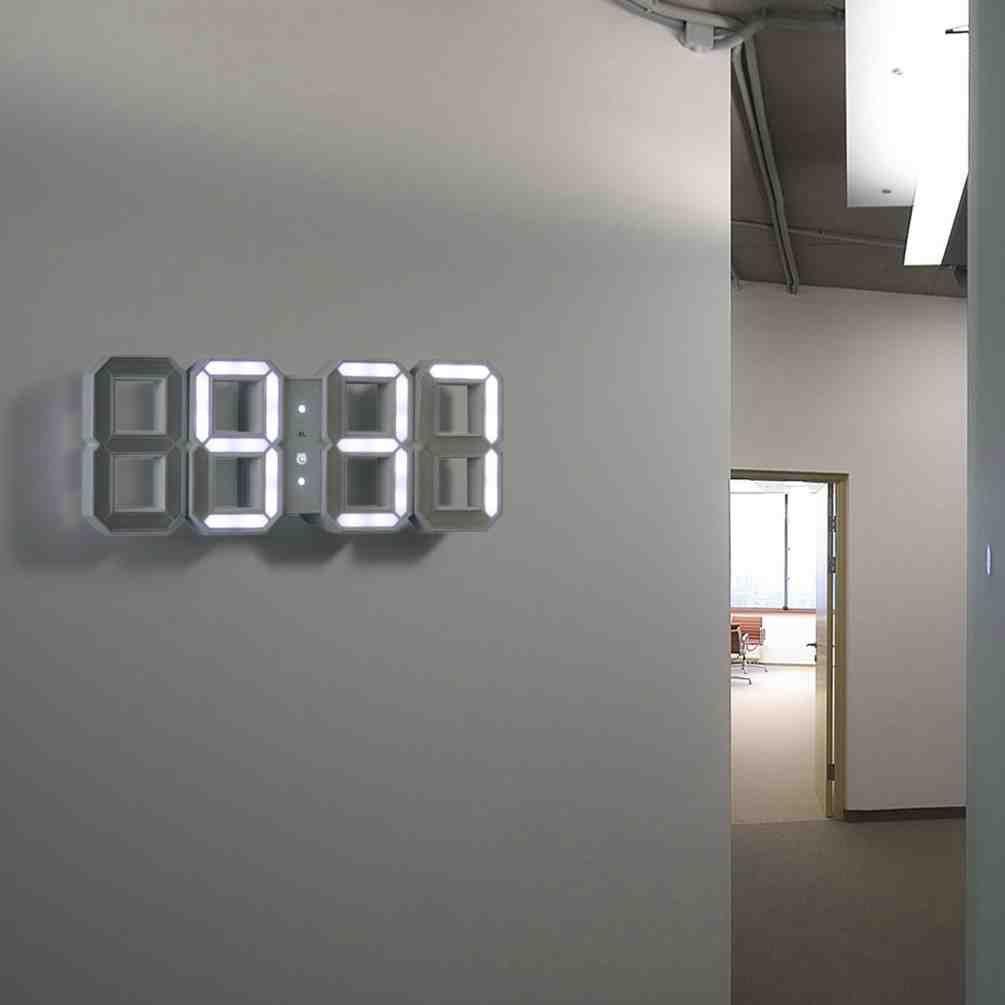 Wall clock 15
