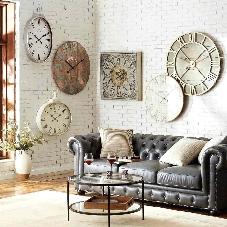 Wall clock 17