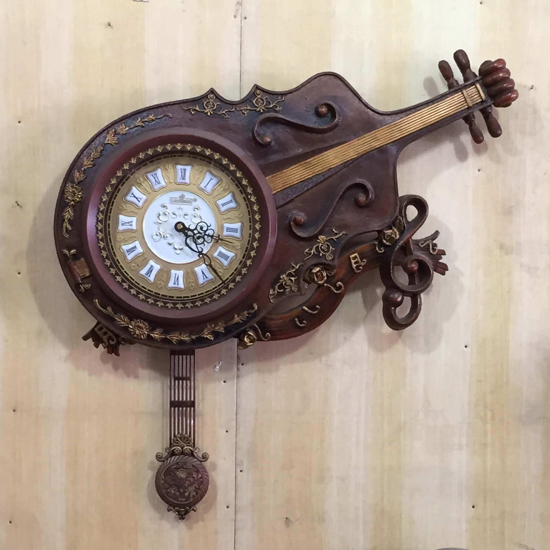 Wall clock 21